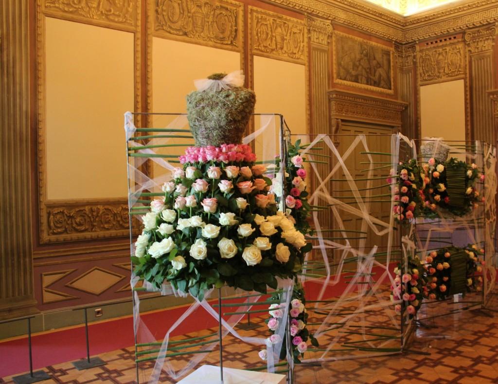 'La Danza y las Flores', Rosa Valls Formació