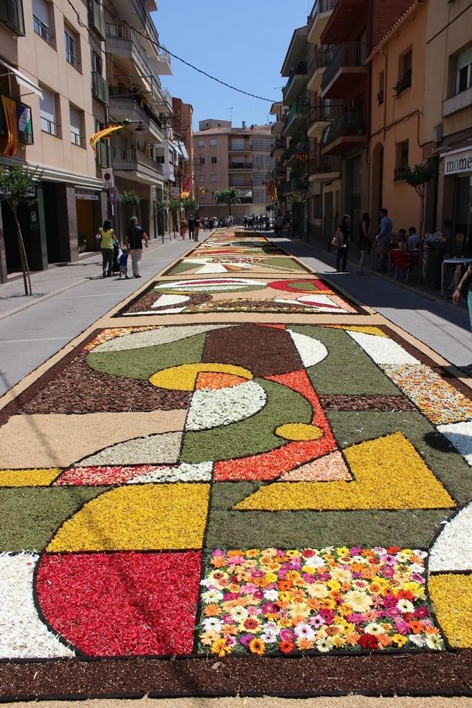 Corpus Arbúcies'15. Alfombra floral. Trabajo 'Legométrico'. Foto: Ayuntamiento Arbúcies