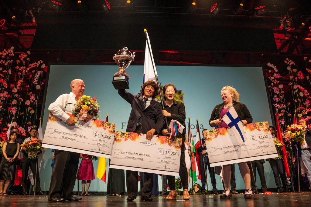 Copa del Mundo Fleurop-Interflora Berlín 2015, tres primeros clasificados. Foto: Fleurop AG, Berlín