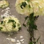 Decoración Árbol Blanco, detalle bolas florales